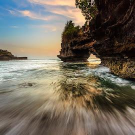 Rockn'Wave by Choky Ochtavian Watulingas - Landscapes Travel ( sky, seashore, cliff, cloud, beach, seascape, rocks )