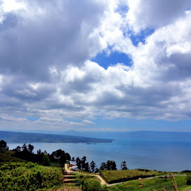 Lake Toba , Indonesia by Ya Ser Lubis - Landscapes Cloud Formations (  )
