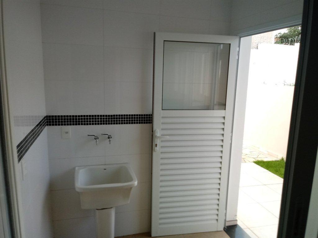 Lindíssima casa com 3 dormitórios à venda , 230 m² , totalmente MOBILIADA por R$ 620.000 - Maria Andrade Residence - Águas de Lindóia/SP