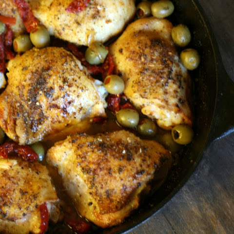 Sundried Tomato Roasted Chicken Thighs