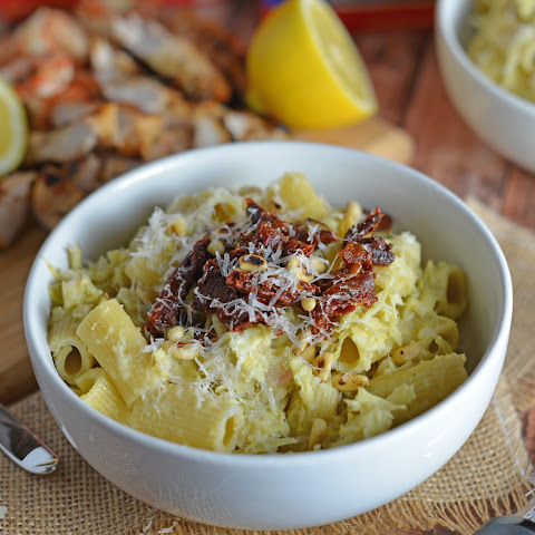 Lemony Artichoke Pesto with Pasta