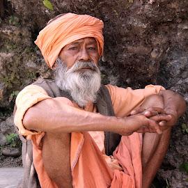 Saadhu Baba by Praveen Logics - People Portraits of Men