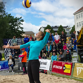 Beach volley by Simo Järvinen - Sports & Fitness Other Sports ( female, woman, beach volley, outdoor, sports, summer )