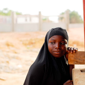 Young nigerian girl  by Adelia Zamfir - People Portraits of Women ( girl, nigeria, young girl, africa )