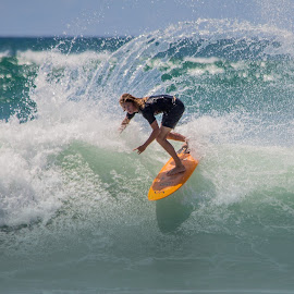 pumping by Trevor Bond - Sports & Fitness Surfing ( mnt maunganui, nz, surf )