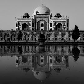 Symbol of love by Santanu Karmakar - Black & White Buildings & Architecture ( #humayun tomb, #delhi, #blackandwhite, #love, #mughol empire, #monument )