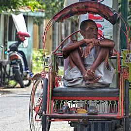 by Chrisna Ariwijaya - People Street & Candids