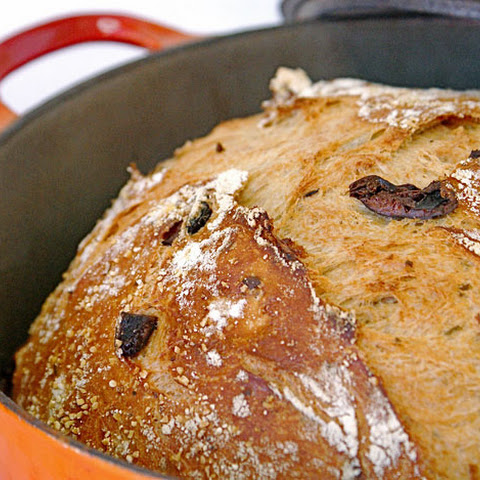 Knead-less Olive-Rosemary Bread