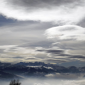 Cloudy sky and mountains in switzerland this winter by Emilie Robert - Landscapes Mountains & Hills ( seternity, mountains, winter, sky, now, blue, white, eternity, cloudy, switzerland, grey )