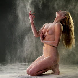 Powder rain by Paul Phull - Nudes & Boudoir Artistic Nude ( studio, body, blonde, nude, lighting, powder )