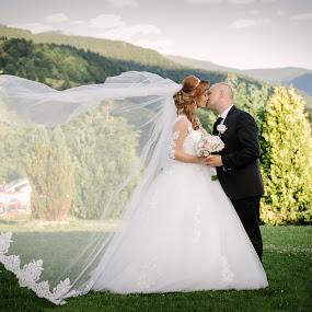 Heart <3 by Klaudia Klu - Wedding Bride & Groom ( love, bride. groom, veil, photo, shine,  )