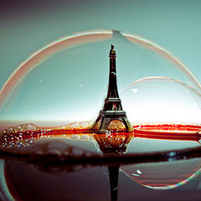 Bulle by Ivan Vukelic - Artistic Objects Other Objects ( water, bubble, paris, tower, ivo, vukelic, eiffel, vuk )