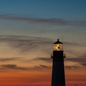 Yaquina Head Sunset by Craig Pifer - Landscapes Sunsets & Sunrises ( oregon, yaquina head, sunset, lighthouse, ocean, landscape, light, evening, coast )