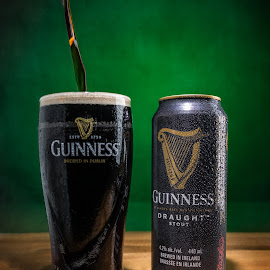St-Paddys day Guinness by Eric Bureau - Food & Drink Alcohol & Drinks ( beer, guinness, green, st-patrick, bottle, bouteille )