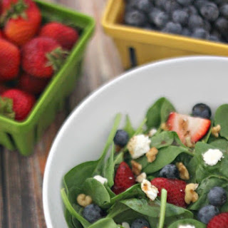 Summer Berry Walnut Salad