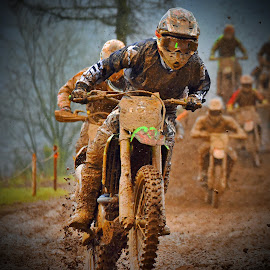 First Follower by Marco Bertamé - Sports & Fitness Motorsports ( followers, mud, rainy, motocross, clumps, race, accelerating, competition,  )