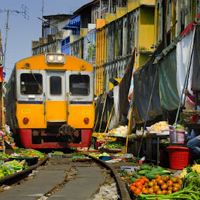 Mae Klong train market by Reinhard Latzke - Landscapes Travel ( bangkok, market, mae klong, samut songkran, thailand, train )