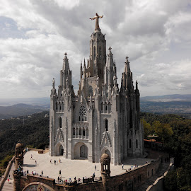 Temple del Sagrat Cor by Tiago Martins - Buildings & Architecture Statues & Monuments ( tibidabo amusement park )
