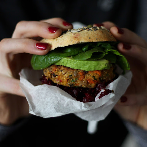 Spicy Sunflower Seed Veggie Burgers