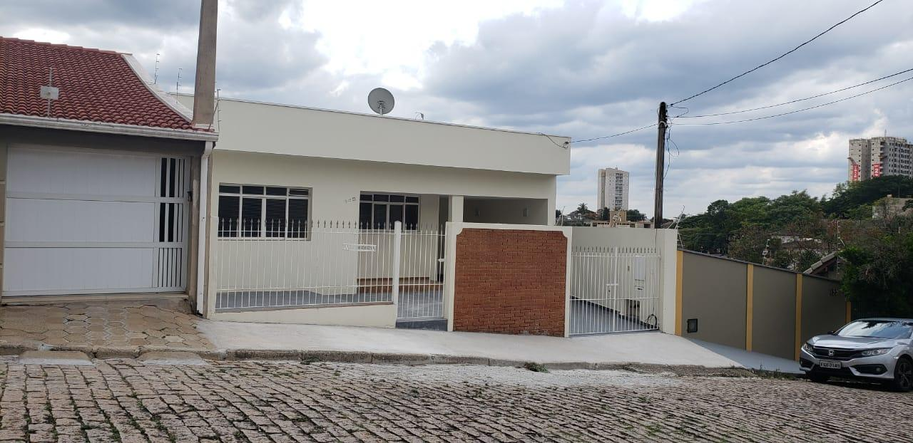 Casa com 3 dormitórios à venda, 151 m² por R$ 450.000 - Vila Mutton - Itatiba/SP