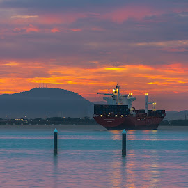 Sunrise@QE2 by Lim Keng - Transportation Boats