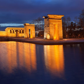 Debod Temple in Madrid by Wojciech Toman - Buildings & Architecture Public & Historical