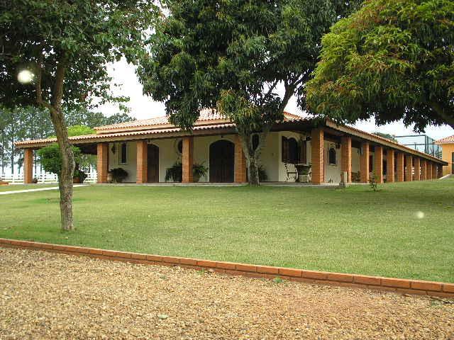 Avaré SP - Fazenda 78 Alqueires 04 Casas 35 Divisões Pastagem Rio Represa Açude para Venda.