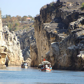Boating under the marble rock garden by Angshuman Chakrabarti - Landscapes Caves & Formations ( boating, jabalpur, lake, marbel rock garden )