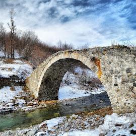 the old bridge by Mehmed Mestanov - Buildings & Architecture Bridges & Suspended Structures ( winter, old bridge, snow, bridge, river )