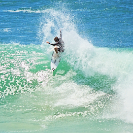 Surfing in Australia by Neil H - Sports & Fitness Surfing ( surfer, surf, waves, surf australia, sunshine, surfing, cutback, surfers paradise, experience, queensland, wave, east coast, off the lip, ocean, australian surfing, beach, splash, sport, watersport, coastal, gold coast )