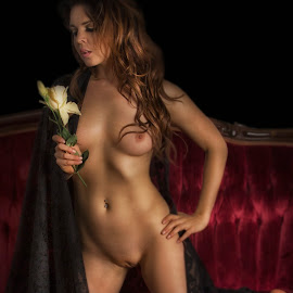 by Bruce Cramer - Nudes & Boudoir Artistic Nude