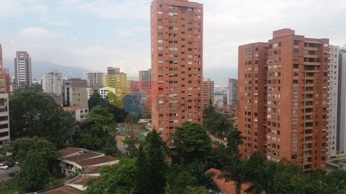 apartamento en venta poblado 679-10432