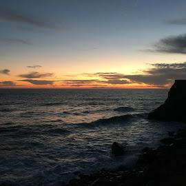 Somewhere in Malibu by Andy Chinn - Instagram & Mobile iPhone ( sunset, iphone 6s, malibu, beach sunset, beach, landscape )