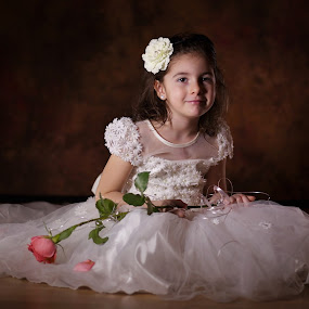 Little dress by Nicu Buculei - Babies & Children Child Portraits ( girl, wedding, dress, children, kids, portrait )