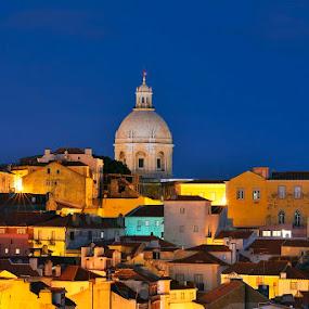 From Alfama... by Rui Catarino - Buildings & Architecture Public & Historical ( lisbn, night, historia, light, lisboa, basilica, nocturnos, alfama, city )