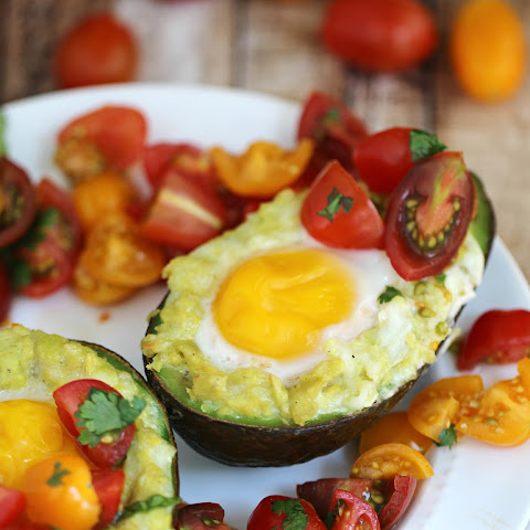 Mexican Grilled Avocado Eggs with Fresh Tomato Salsa