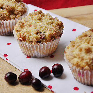 Eggnog Cranberry White Chocolate Muffins}Muffin Monday