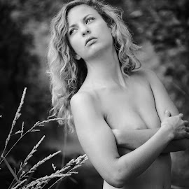 In her nature  by Todd Reynolds - Nudes & Boudoir Artistic Nude