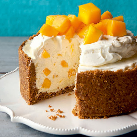 No-Bake White Chocolate Mango Cheesecake