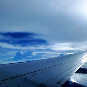 AIRPLANE WING by Zlatan Dawamovic - Landscapes Travel
