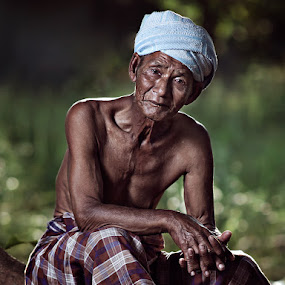 Old Men by Zulkifli Omar - People Portraits of Men ( men, people, portrait )