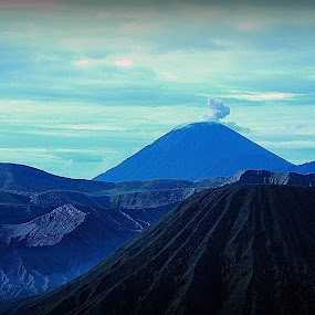 Bromo Tengger Semeru National Park by Niko Wazir - Landscapes Mountains & Hills