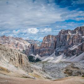 Glcier by Mario Horvat - Landscapes Mountains & Hills ( clouds, glacier, mountains, sky, tofane, dolomites, italy )