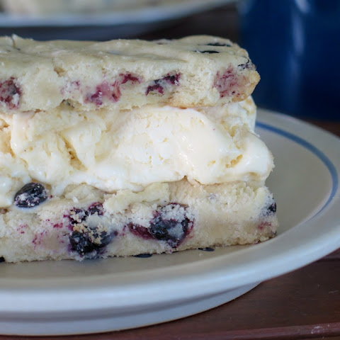Blueberry Ice Cream Cookie Bars #SundaySupper
