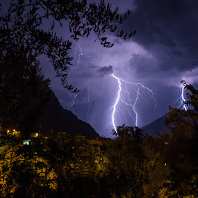 Thunder by Luka Milevoj - Landscapes Weather
