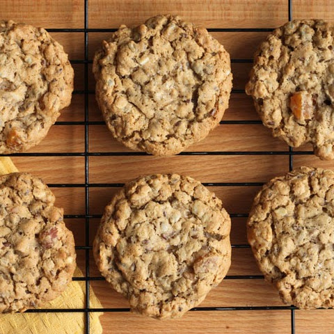 Chewy Apricot Oatmeal Cookies with Toasted Almonds