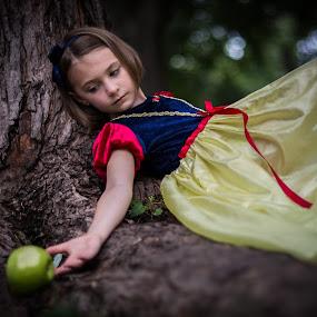 Choices by Jarrod Kudzia - Babies & Children Child Portraits ( tree, apple, kids, snow white,  )
