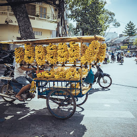 the walk of a hawker by Sơn Hải - City,  Street & Park  Street Scenes ( banana, fruit, biker, street, asia, vietnamese, vietnam, road, street scene, bicycle )