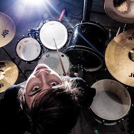 Upside Down Drums by Tem.Teen Studios - People Musicians & Entertainers ( music, flash, heavy metal, band, antimartyr, drums, upside down )