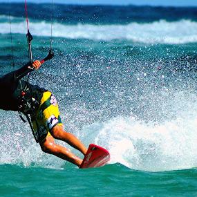 Grand Cayman. by Zachary Swears - Sports & Fitness Watersports